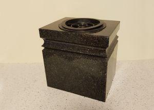 Akmens masės vaza (VAZ11)