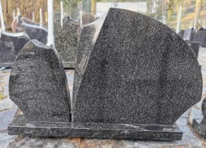 Apvalių formų juodas paminklas (SP846)