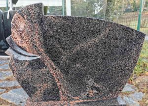 Auroros granito paminklas (KEL13)
