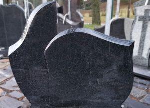 Dviejų dalių, lenktų formų paminklas iš juodo akmens (SP1012)