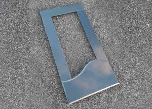 Juodo granito gėlynas (GEL6)