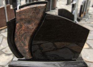 Juodo ir rudo granito paminklas (VMP11)