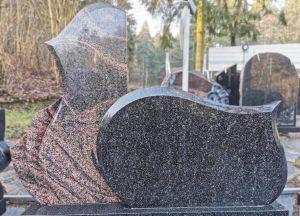 Kareliško ir Auroros granito paminklas (VPM53)