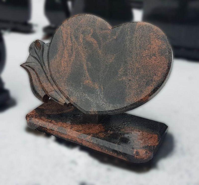 Širdies formos paminklas iš granito Aurora (VPM32)