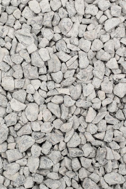 Šviesi rusvai-pilkšva skalda (OG2A3933)