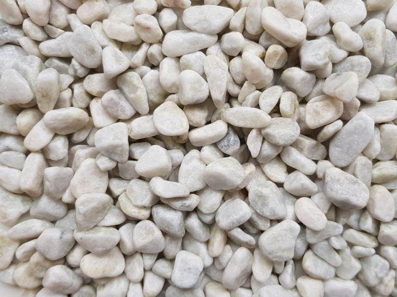 Šviesūs gludinti akmenukai BIANCO (GA007)