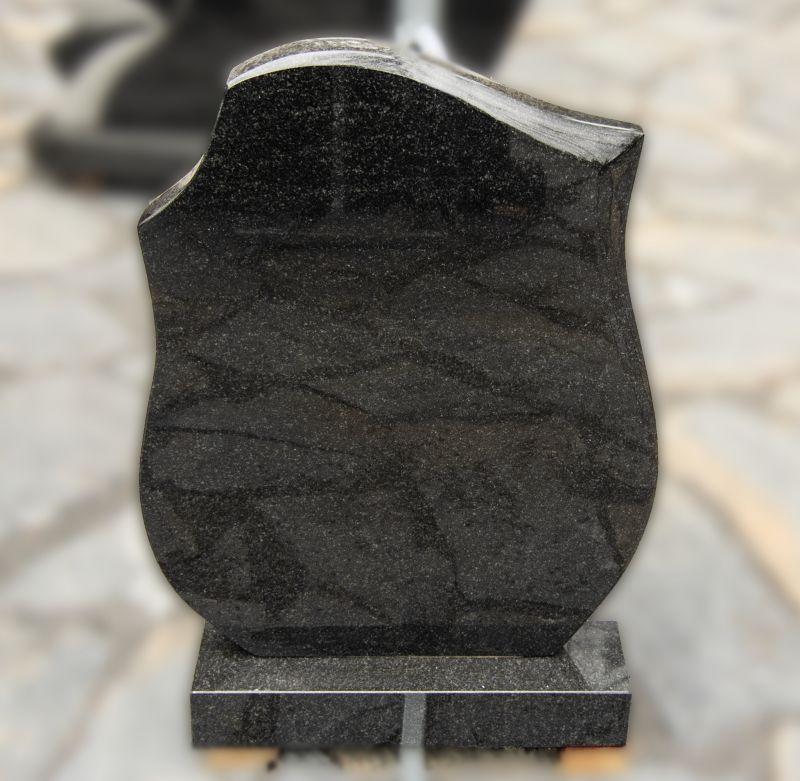 Tamsiai pilko granito paminklas (P1633)